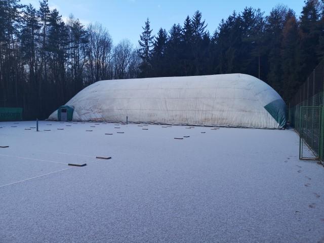 Nafukovací hala v zimě